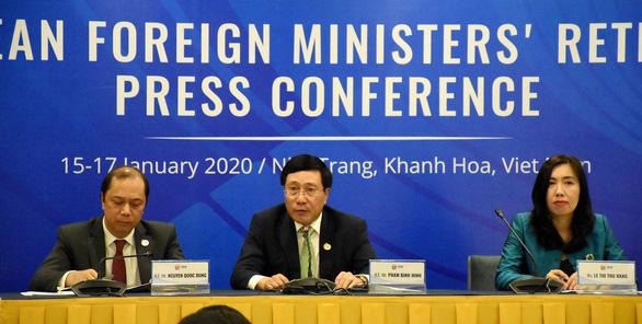 Các ngoại trưởng ASEAN lo ngại về những bất ổn trên Biển Đông - Ảnh 2.