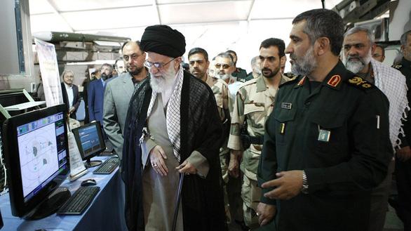 Quá nhiều ảnh giả kích động căng thẳng Mỹ - Iran - Ảnh 3.