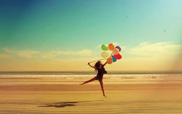 Hạnh phúc không phải là quà tặng - Ảnh 1.