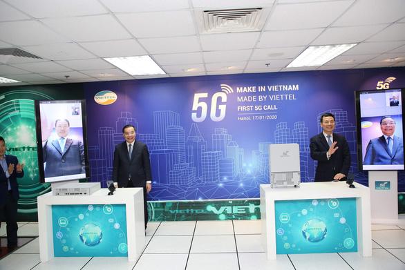 Thực hiện cuộc gọi 5G đầu tiên trên thiết bị hạ tầng mạng do Việt Nam sản xuất - Ảnh 1.