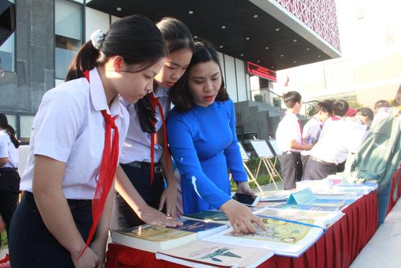 Thư viện Hoàng Sa & trái tim người Việt - Ảnh 1.