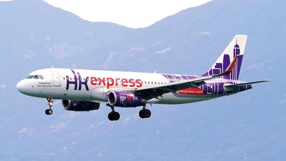Hong Kong Express xin lỗi vì buộc khách thử thai mới cho lên máy bay - Ảnh 1.