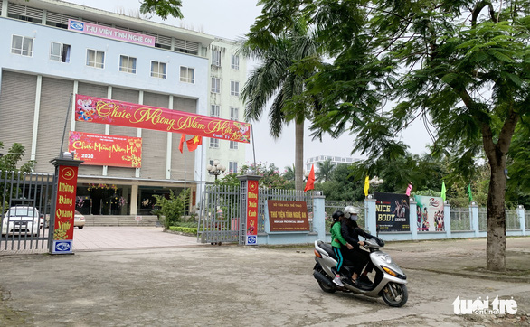 Cán bộ Thư viện tỉnh Nghệ An được thưởng tết chỉ bằng… một bát phở - Ảnh 1.