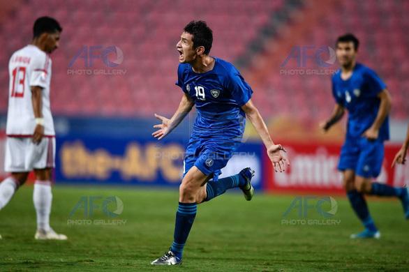 Đè bẹp UAE 5-1, ĐKVĐ U23 Uzbekistan đoạt vé vào bán kết - Ảnh 2.