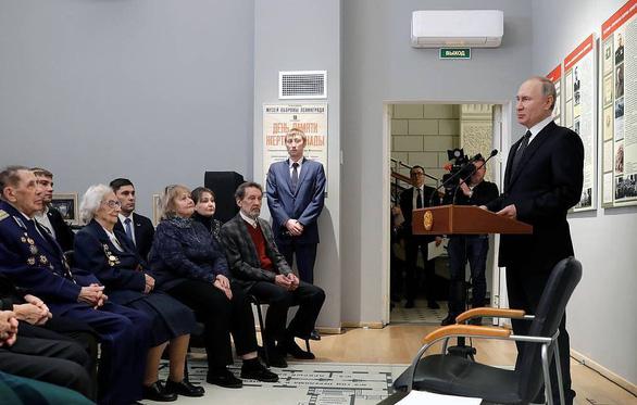 Ông Putin: Nhiệm kỳ tổng thống không giới hạn ở Nga sẽ 'rất đáng lo ngại' - Ảnh 1.
