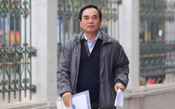 Xét xử 2 cựu chủ tịch Đà Nẵng và Vũ 'nhôm' vì làm 'bốc hơi' hơn 22.000 tỉ đồng - Ảnh 4.