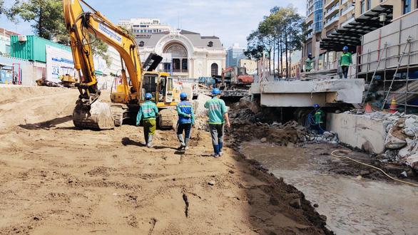 Sắp khôi phục công viên trước Nhà hát TP.HCM - Ảnh 1.