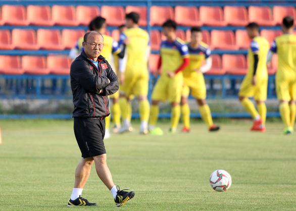 Đình Trọng vẫn tập luyện bình thường sau khi bị AFC loại - Ảnh 3.
