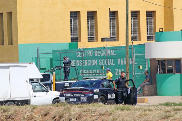 Tranh cãi vì một trận bóng giao hữu trong nhà tù Mexico, 16 người chết - Ảnh 1.