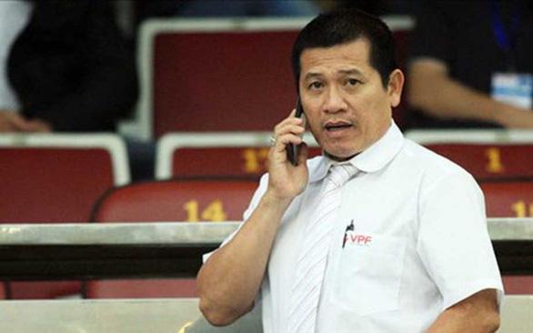 Đối mặt công nghệ VAR: Các cầu thủ U23 Việt Nam phải cẩn trọng - Ảnh 2.