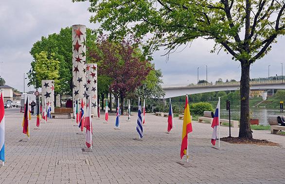 Tour Thụy Sĩ, Pháp, Luxembourg, Hà Lan chỉ từ 18.890.000 VND - Ảnh 2.