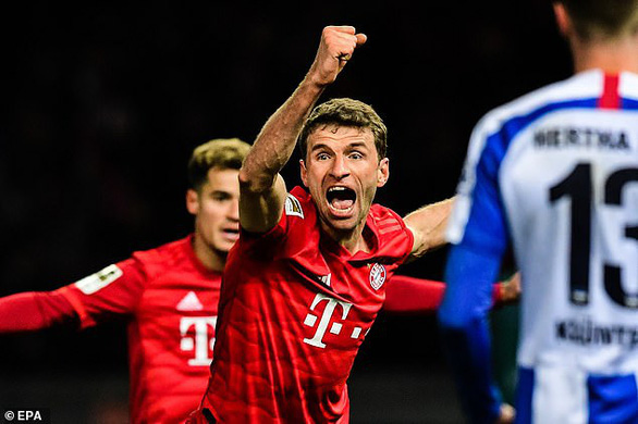 Hiệp 2 bùng nổ, Bayern Munich đè bẹp chủ nhà Hertha Berlin 4-0 - Ảnh 1.