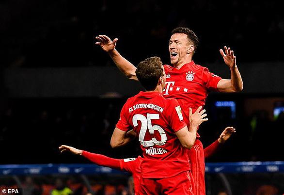 Hiệp 2 bùng nổ, Bayern Munich đè bẹp chủ nhà Hertha Berlin 4-0 - Ảnh 3.