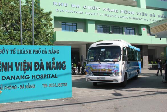 4 tuyến xe hỗ trợ người bệnh miền Trung về quê ăn tết - Ảnh 1.
