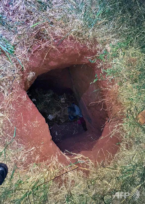 Gần 80 tù nhân cực kỳ nguy hiểm đào hầm vượt ngục - Ảnh 2.