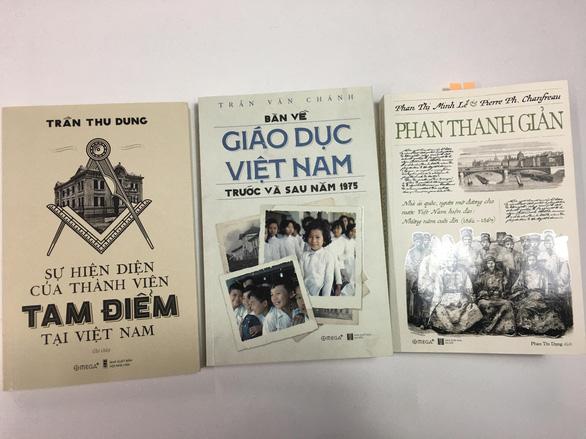 Sách về Hội Tam Điểm bị nhắc tạm ngừng phát hành để sửa chữa - Ảnh 3.