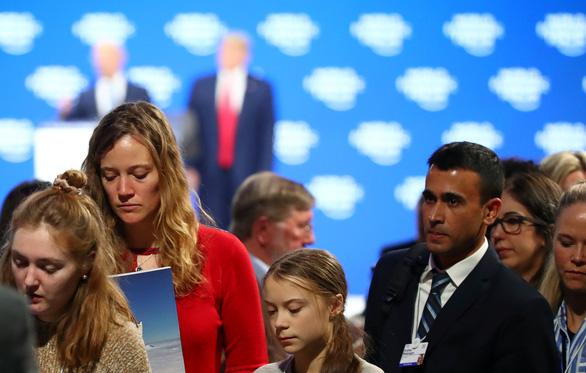 Davos 2020: Ông Trump gọi cảnh báo về khủng hoảng khí hậu là 'ngu ngốc' - Ảnh 2.