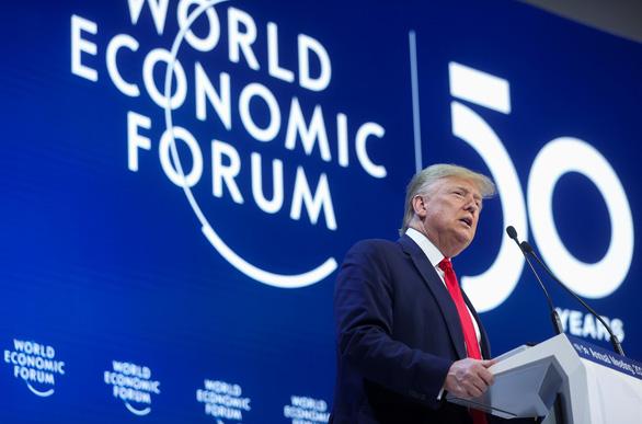 Davos 2020: Ông Trump gọi cảnh báo về khủng hoảng khí hậu là 'ngu ngốc' - Ảnh 1.