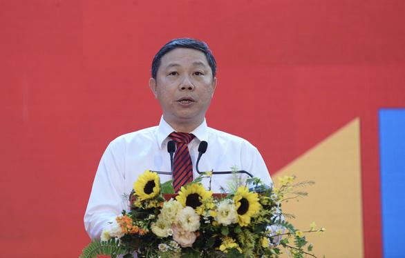 TP.HCM khai mạc lễ hội đường sách Tết Canh Tý 2020 - Ảnh 2.
