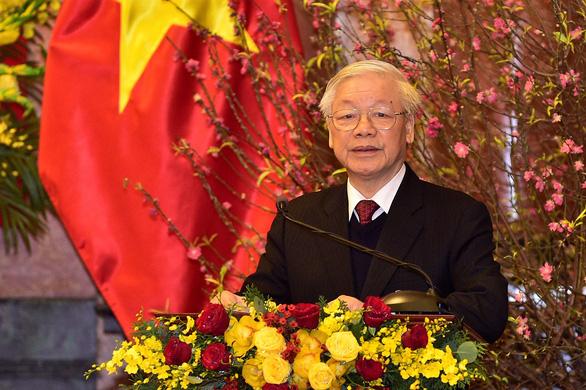 Tổng bí thư, Chủ tịch nước chúc tết lãnh đạo, nguyên lãnh đạo Đảng, Nhà nước - Ảnh 1.