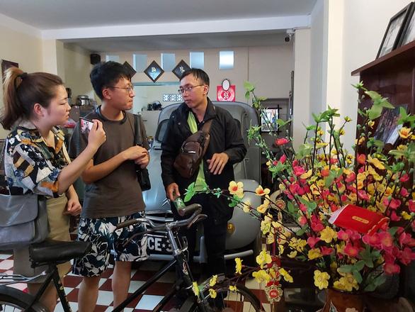 Hạn chế di chuyển du khách Trung Quốc đang ở Việt Nam vì virus corona - Ảnh 1.