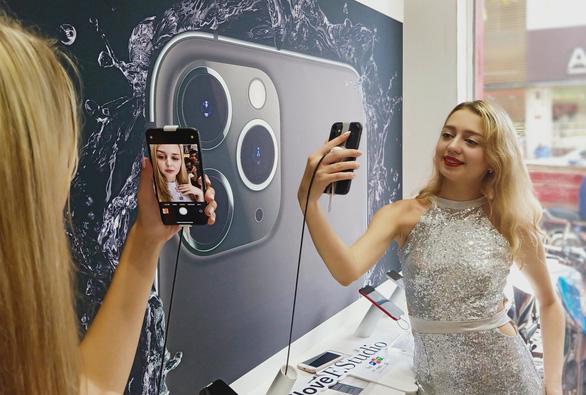 Chụp ảnh tết, tránh 30 ứng dụng 'tự sướng' thu thập thông tin người dùng - Ảnh 1.