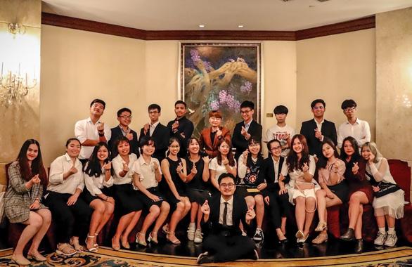 Du học sinh Việt rộn ràng đón Tết cổ truyền - Ảnh 3.