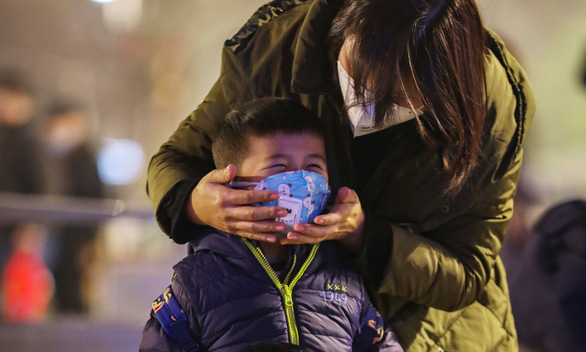 17 người ch.ết vì virus corona, Trung Quốc cách ly Vũ Hán - Ảnh 1.