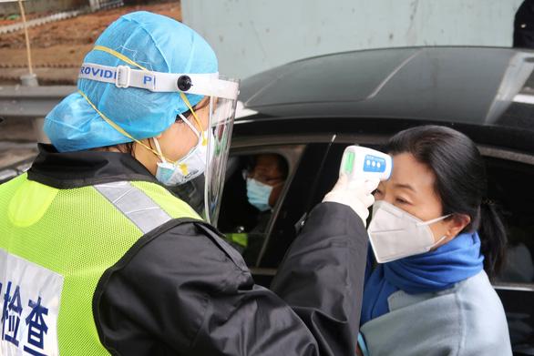 WHO cân nhắc dùng văcxin MERS cho bệnh viêm phổi do virus Corona mới ở Trung Quốc - Ảnh 1.