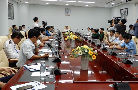 Khách ở Vũ Hán tới, Đà Nẵng công bố đường dây nóng dịch bệnh viêm phổi cấp - Ảnh 2.