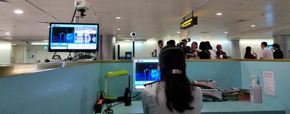 Hàng không sẽ hoàn vé máy bay miễn phí cho khách bay đến/đi từ Trung Quốc - Ảnh 2.