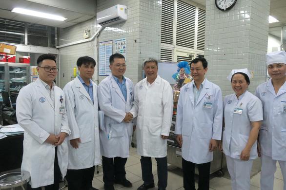 Thứ trưởng Bộ Y tế kiểm tra khu vực phòng chống lây nhiễm ở Bệnh viện Chợ Rẫy - Ảnh 5.