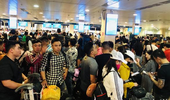 Nhiều hãng bay có đến 50% chuyến bay chậm trễ trong dịp Tết Canh Tý - Ảnh 3.