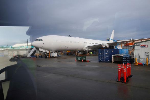 Thử nghiệm thành công máy bay chở khách lớn nhất thế giới - Ảnh 5.