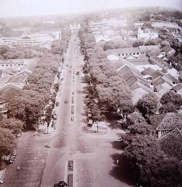 Trong mắt người Hà Nội năm 1943: Sài Gòn rộn rã gọi tôi: Em nè, em nè… - Ảnh 4.