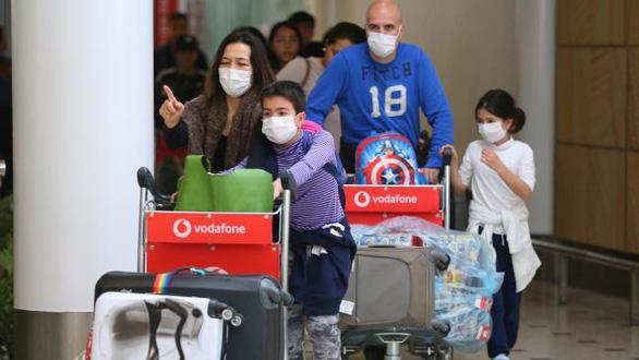 Người Việt ở Úc hồi hộp theo dõi coronavirus - Ảnh 1.