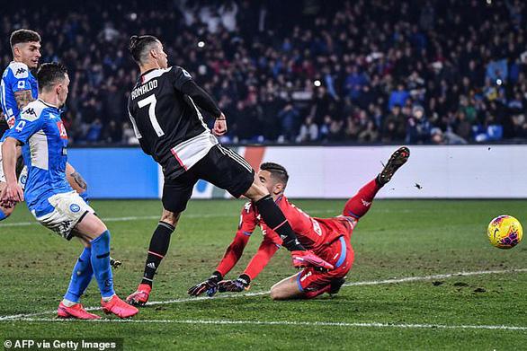 Ronaldo ghi bàn nhưng Juventus vẫn bại trận - Ảnh 1.
