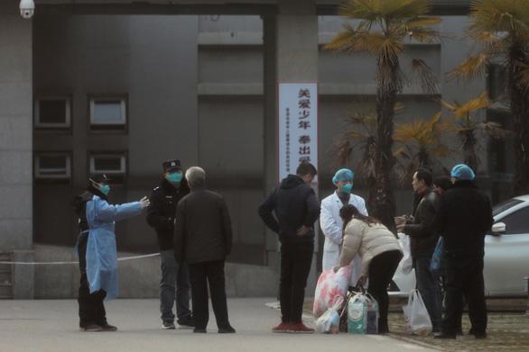 Nhiều quốc gia đang khẩn trương đưa công dân rời khỏi Vũ Hán - Ảnh 1.