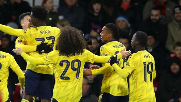 Cúp FA: Arsenal vượt ải Bournemouth, Chelsea có thể gặp Liverpool ở vòng 5 - Ảnh 1.