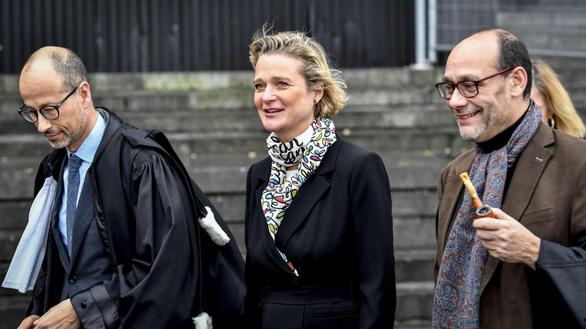 Cựu vương Bỉ phải nhận con gái ngoài giá thú sau xét nghiệm ADN - Ảnh 2.