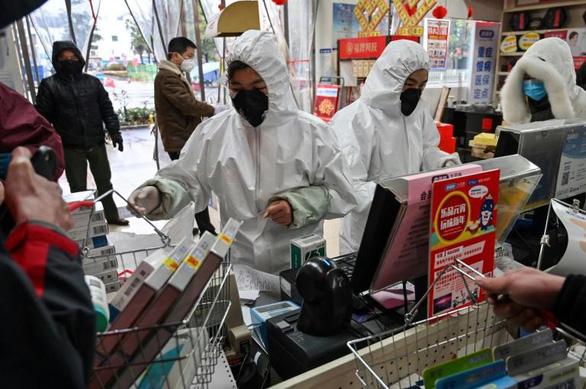 Mua hàng Trung Quốc có thể bị nhiễm virus viêm phổi Vũ Hán? - Ảnh 1.