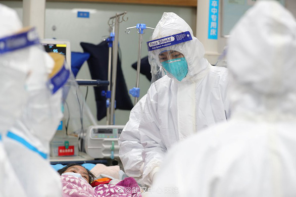 Trung Quốc cân nhắc các loại thuốc Bắc thử nghiệm chống virus corona - Ảnh 1.