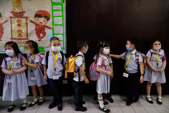 Dịch viêm phổi do virus corona: chỉ 24 tiếng, thêm 38 người chết - Ảnh 10.