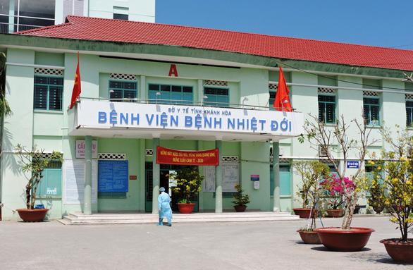 Có 33 người thuộc 5 quốc gia phải giám sát về virus corona tại Khánh Hòa - Ảnh 1.