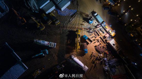 Trung Quốc xây dựng thần tốc 2 bệnh viện đối phó virus corona - Ảnh 8.