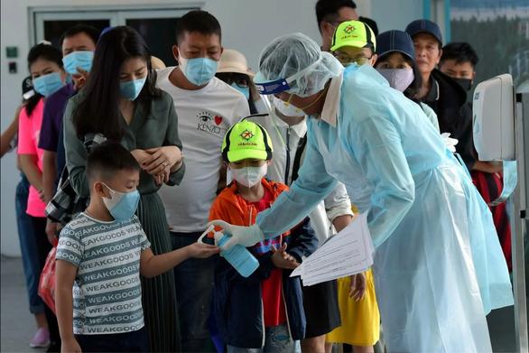 Dịch viêm phổi do virus corona: chỉ 24 tiếng, thêm 38 người chết - Ảnh 4.