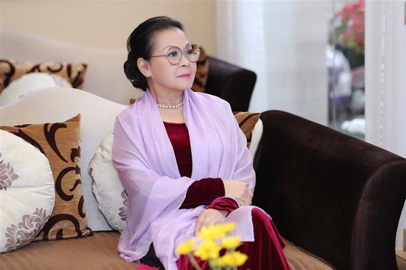 Khánh Ly: Hồi mới về Việt Nam, các em sợ tôi, mà tôi cũng sợ các em - Ảnh 1.