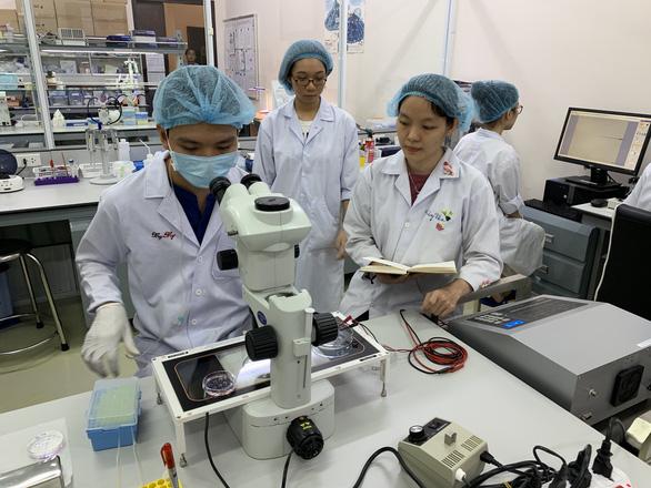 Khoa Y ĐH Quốc gia TP.HCM tuyển 2 ngành mới: y học cổ truyền, điều dưỡng - Ảnh 1.