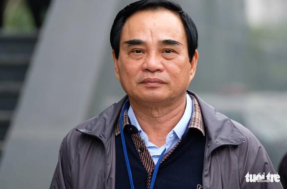 Cựu chủ tịch Đà Nẵng Văn Hữu Chiến: Bị cáo không tư lợi, chỉ vì tin cấp dưới - Ảnh 1.
