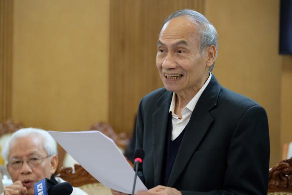 Đối thoại gay gắt giữa hội đồng thẩm định sách và giáo sư Hồ Ngọc Đại - Ảnh 12.